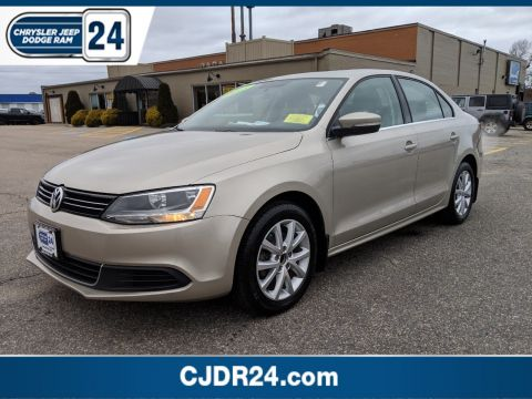 Pre-Owned 2013 Volkswagen Jetta Sedan 2.5L SE